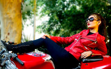 Leather-jackets-for-women-pics-2014-niceiran.ir-07